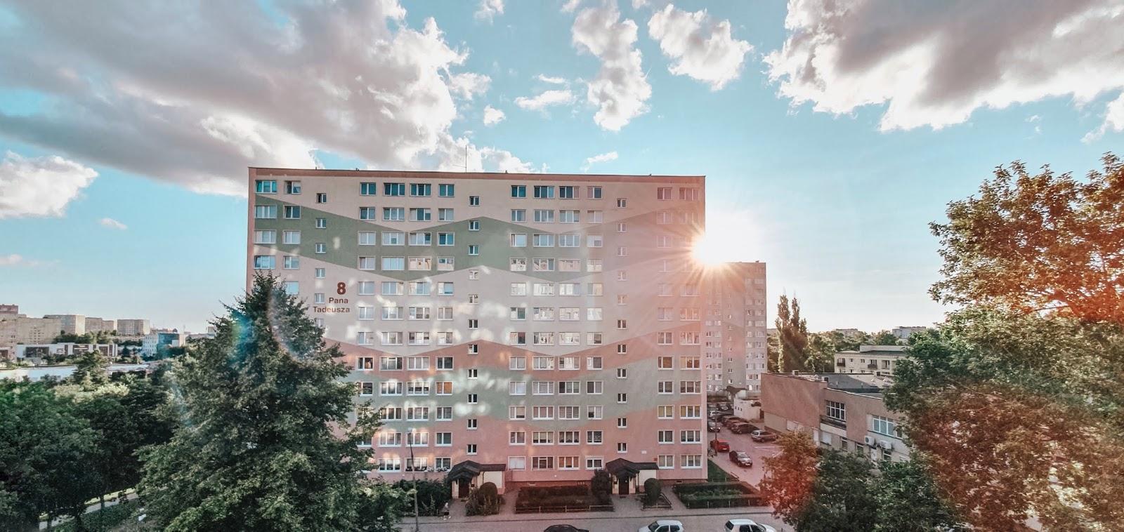 Wady i zalety mieszkania w bloku