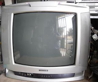 entrada de antena de tv roto