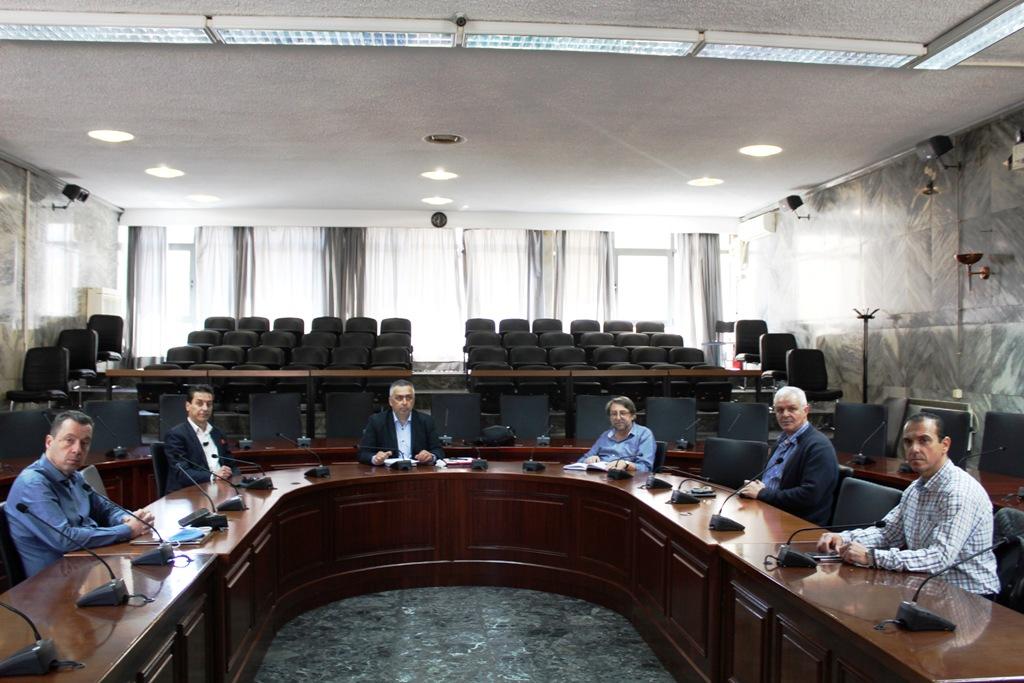 Ανοικτή γραμμή Δήμου Λαρισαίων – Εμπορικού Συλλόγου για τη στήριξη της τοπικής αγοράς