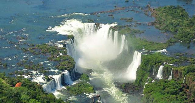 Es imprescindible visitar Iguazu en un viaje a Argentina