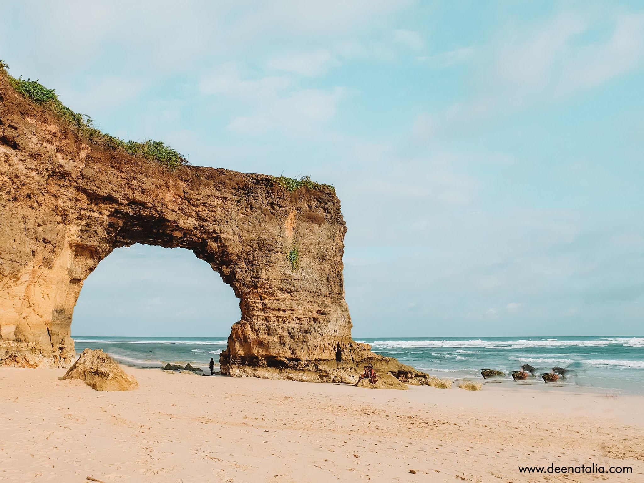 Pantai Bwana Sumba