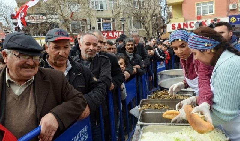 Sancaktepe'de hamsi festivali düzenlendi