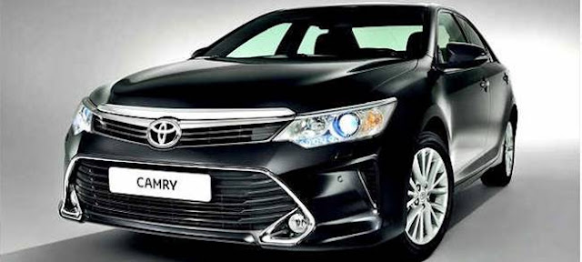 2017 Toyota Camry HV Owners Manual Pdf