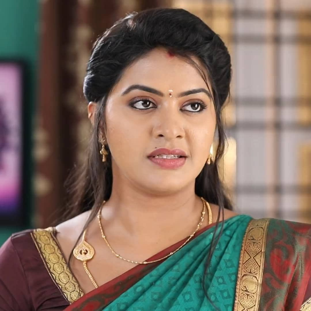 Rachitha mahalakshmi cute Expression, Hot TV Actress Tamil 10