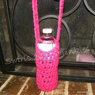 Swirls and Sprinkles: Crochet water bottle Kozie