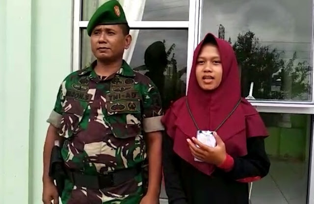 Keren! Anggota TNI Ini Dukung Anak Perempuannya Ikut Kaderisasi Banser-Denwatser