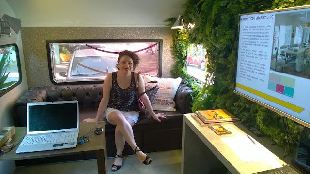 Eu, Carina Pedro, conhecendo o trailer da uPik.