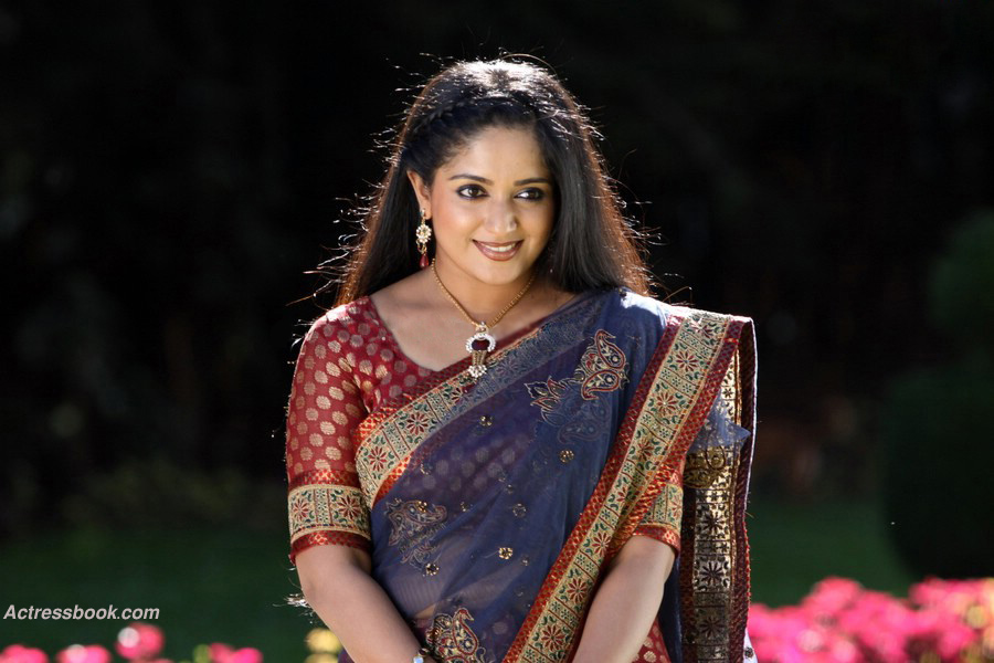 Kavya Madhavan Actress Photo Gallery: Kavya Madhavan Mollywood Actress Latest Hot Saree Navel