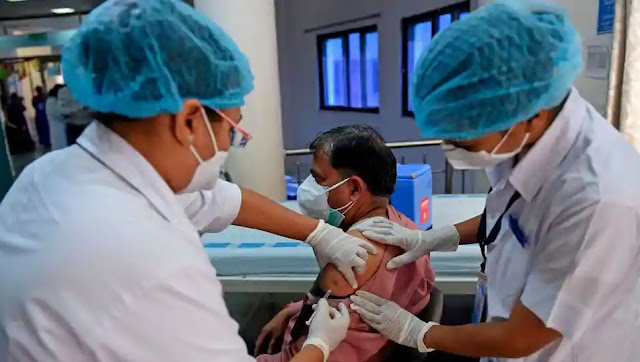 Two leaders in north Bengal drop out of the list of vaccinated people on Day One