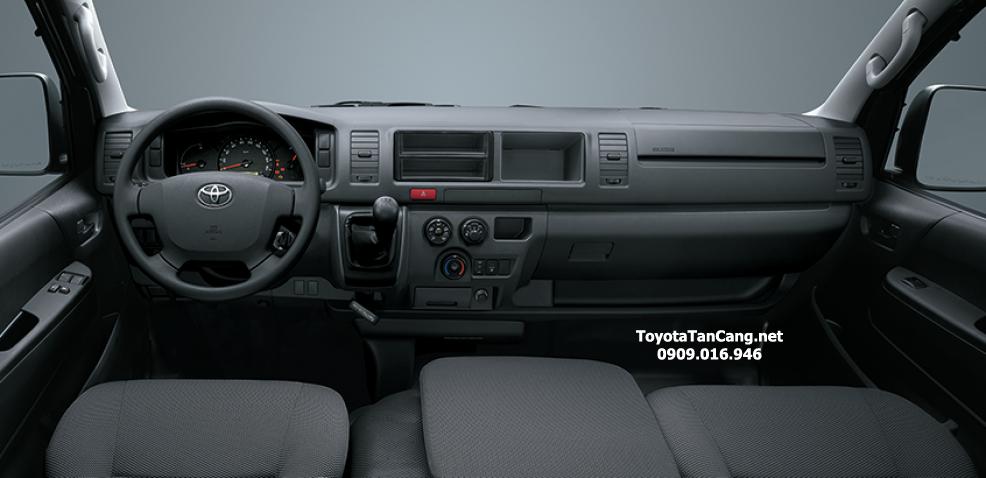 """toyota hiac 2015 toyota tan cang 7 - Đánh giá Toyota Hiace 2015 - """"Con át chủ bài"""" để kiếm tiền dễ hơn - Muaxegiatot.vn"""