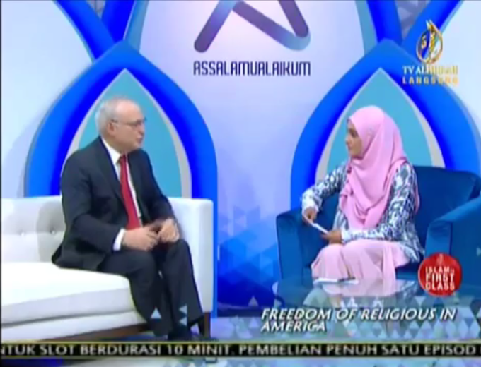 FARAH ADEEBA TV AL-HIJRAH TERKEJUT. PERJUANGAN DEMOKRASI, HAK ASASI DAN KEBEBASAN DI MALAYSIA SEBENARNYA SUDAH LAMA MENDAPAT TAJAAN.