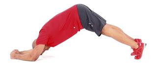 Latihan Menguatkan Otot Inti - plank pikes