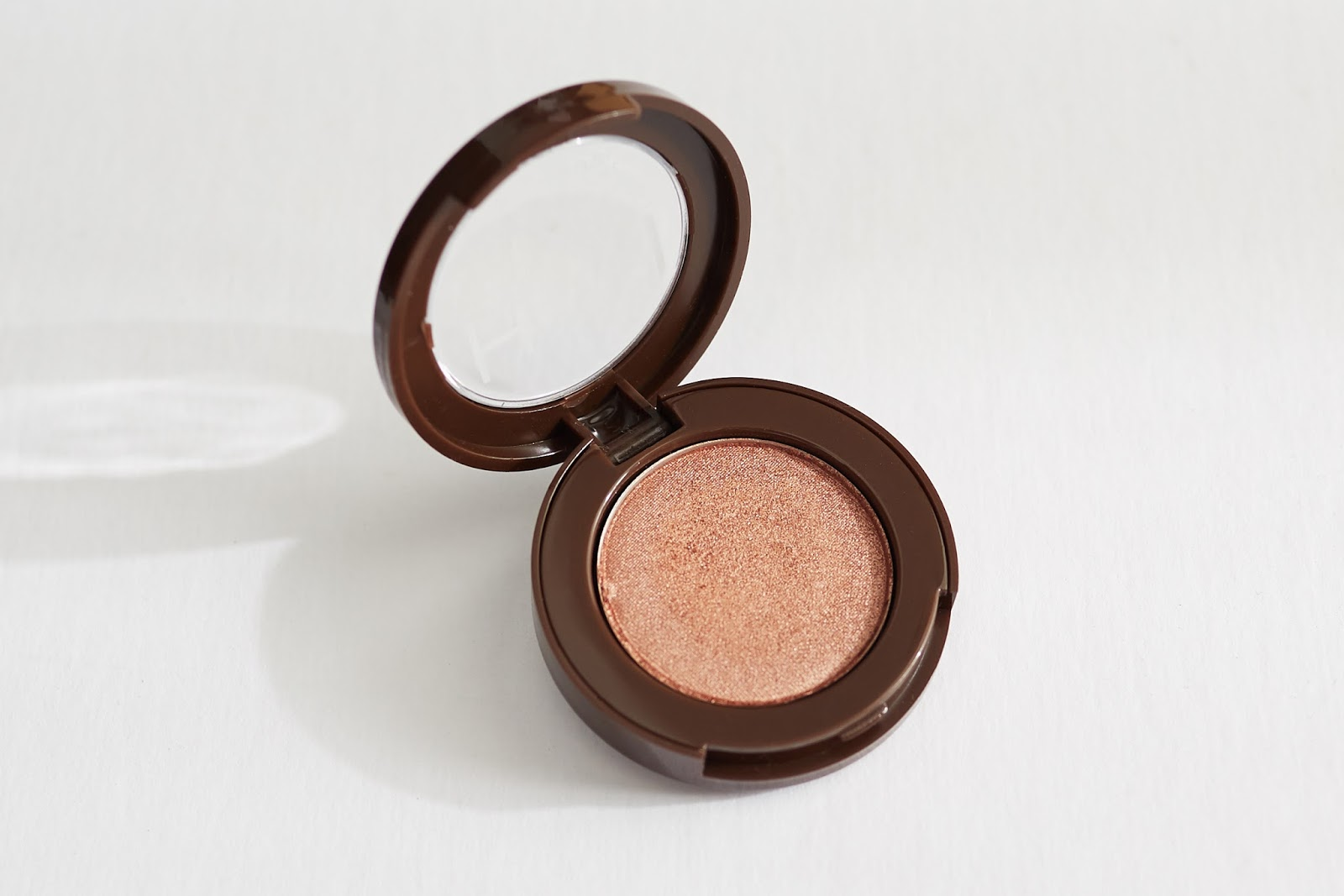 HAN Skin Care Cosmetics Eyeshadow in Romance natural makeup shimmery