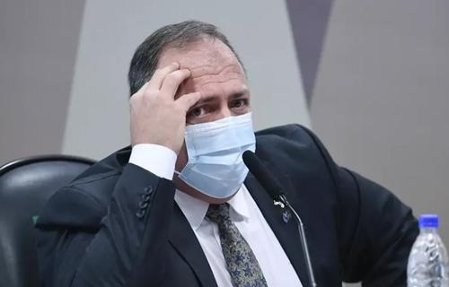 Pazuello revê estratégia para CPI e avalia pedido para não ir a novo depoimento