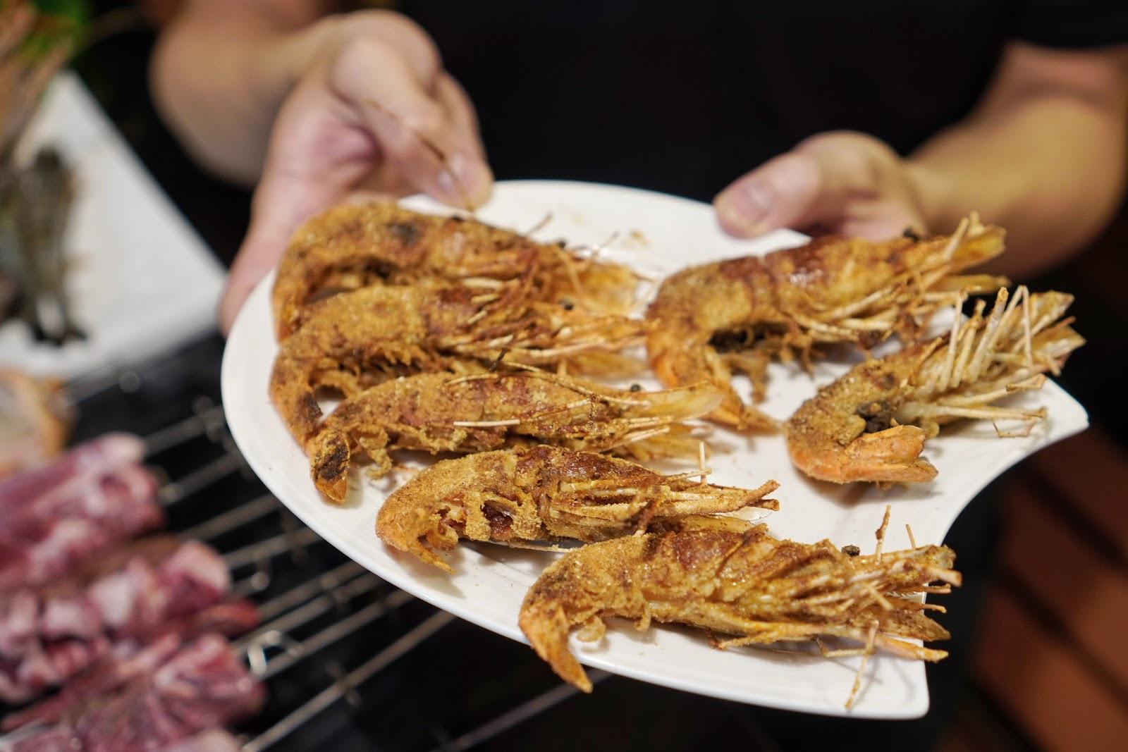 台南美食【請上桌國際港灣】胡椒蝦