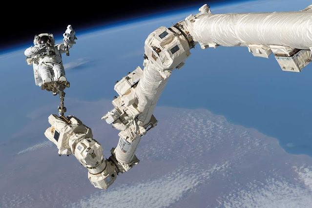 canadarm, teknologi antariksa, teknologi antariksa canadarm, lengan robotik kanada