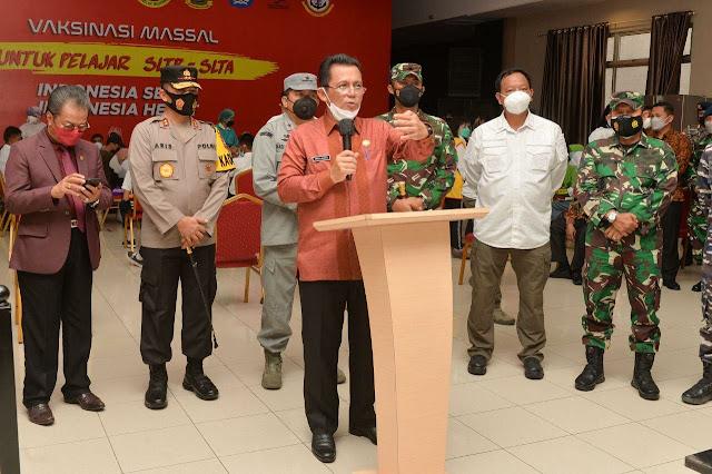 Gubernur Bersama Forkopimda Kepri Tinjau Vaksinasi Bagi Pelajar di Batam