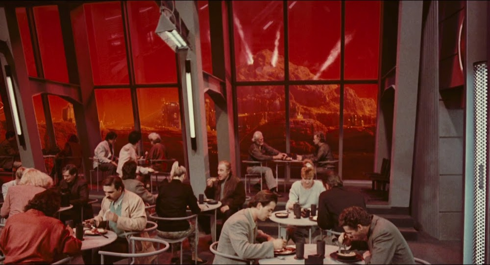 Erupting Martian mountain in Total Recall 1990 movie