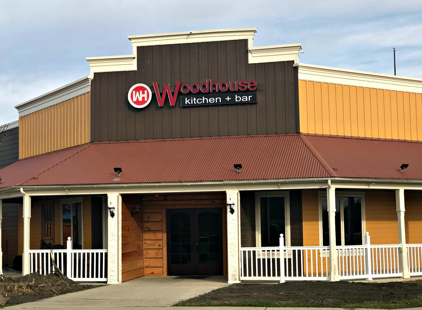 Restaurant Review: Woodhouse Kitchen + Bar, Mason | The Food Hussy!