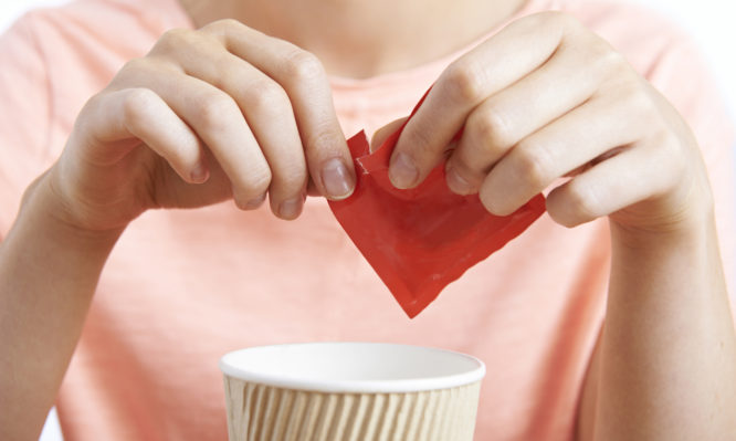 Γιατί τα υποκατάστατα ζάχαρης μπορεί να οδηγήσουν σε διαβήτη και παχυσαρκία