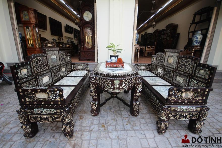+43 mẫu trường kỷ cổ đẹp nhất có giá từ 15tr trở lên - Ảnh: Dotinh.com