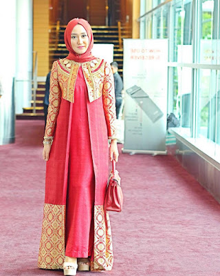 43 Model Baju Batik Kerja Dian Pelangi Modern Terbaru 2019 Keren