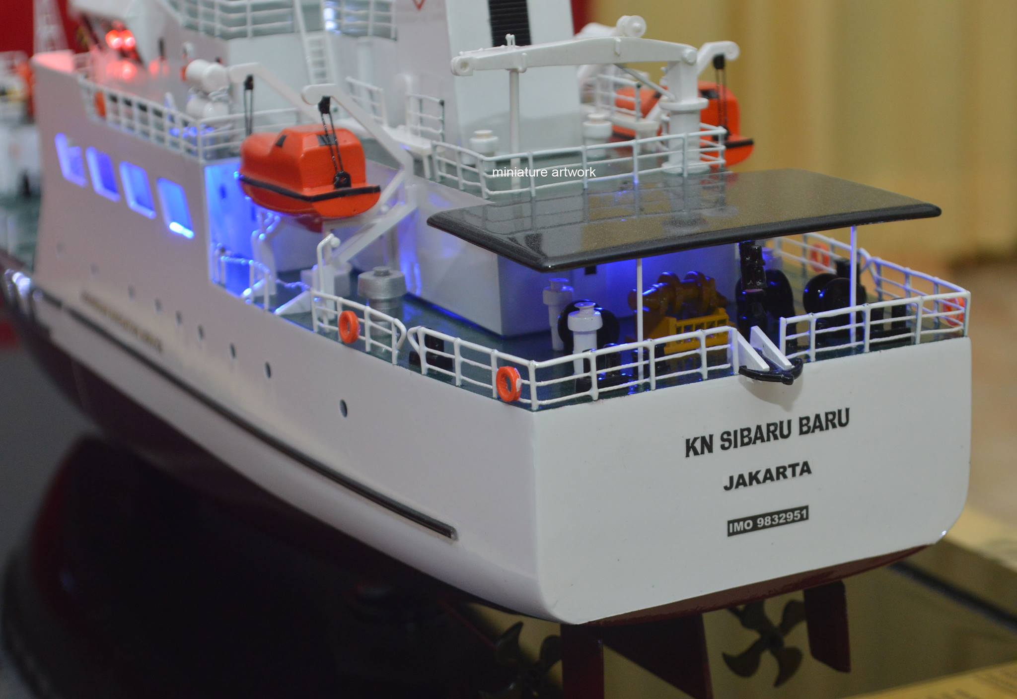 tempat jual miniatur kapal kn sibaru baru planet kapal rumpun artwork harga murah