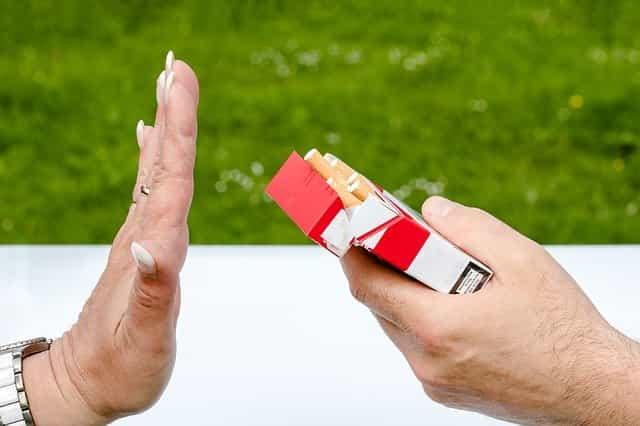 Hindari Merokok Tips Jitu Menggemukan Badan Dengan Cepat dan Sehat Alami