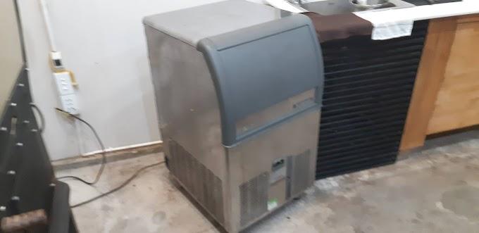 Sửa chửa máy làm đá mini tại Huế