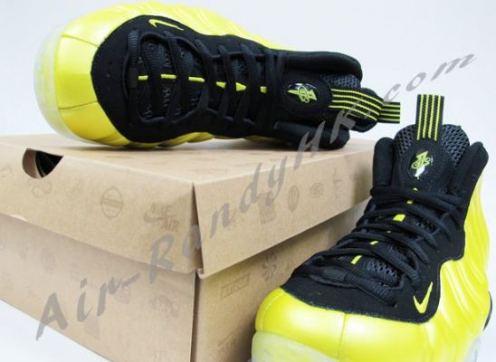 """fe9d0c3b089 Here is a look at the 2012 Nike Air Foamposite One """"Golden State  Electro  Lime"""" Sneaker"""