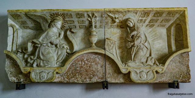 """Baixo relevo representando """"A Anunciação"""", Palácio Abatellis de Palermo"""