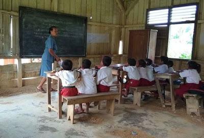 proses pembangunan pendidikan di Indonesia dari desa kecil yang terus manu dan berkembang.