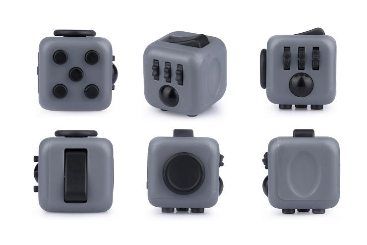 Fidget Cube - inventos millonarios