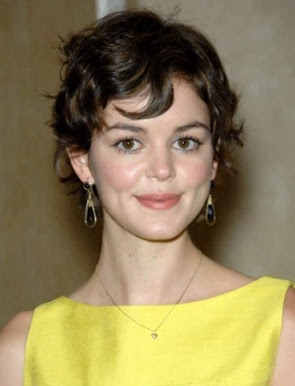 gaya rambut pendek gadis bergelombang 2007