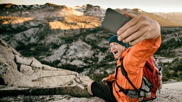 '¡Atención, selfi mortal!': Aumentan los casos de muertes por autofotos y retos inusuales