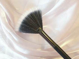 kiko makeup brush 12