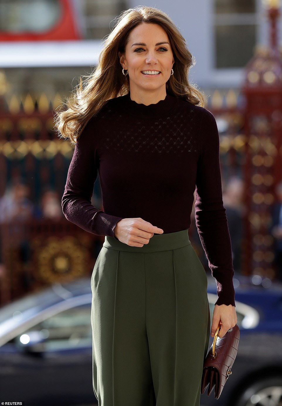 Kate Middleton stuns in Jigsaw culottes during a visit to the Natural History Museum