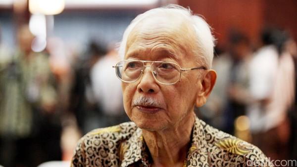 In Memoriam (1) Mochtar Kusumaatmadja, Dipecat Bung Karno - Ujung Tombak Soeharto