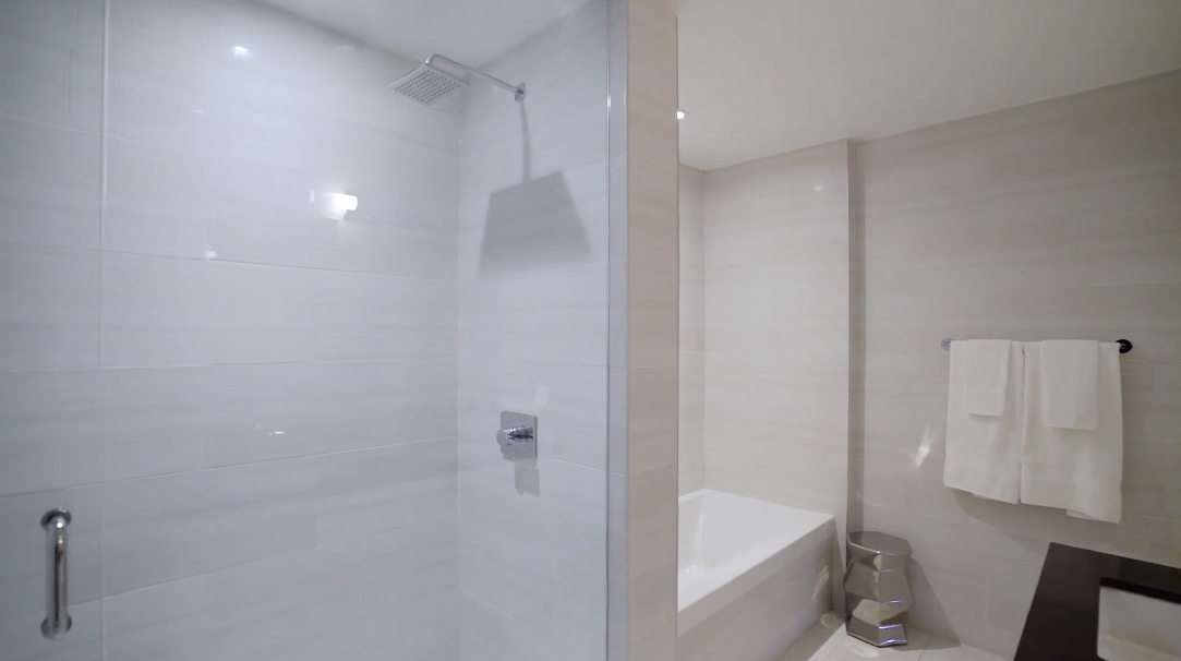 26 Interior Design Photos vs. 224 King St W #4103, Toronto, ON Luxury Condo Tour