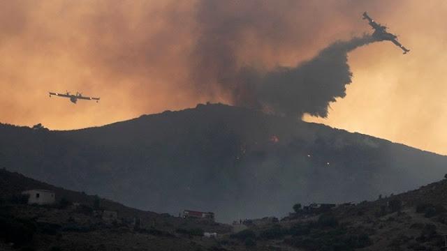 Έως την Κρήτη φτάνει ο καπνός από την πυρκαγιά στην Κερατέα (δορυφορική εικόνα)