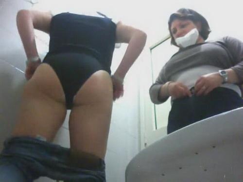 Italian Toilet 01 (WC SpyCam)
