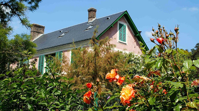 10 Popular Roof Types 1