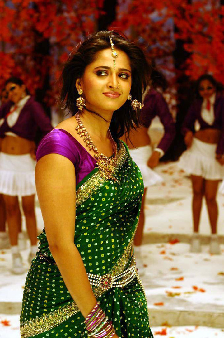 Ramya Nambeesan Cute Wallpapers Tamil Actress Gallery Anushka Shetty Latest Hot Photos Stills
