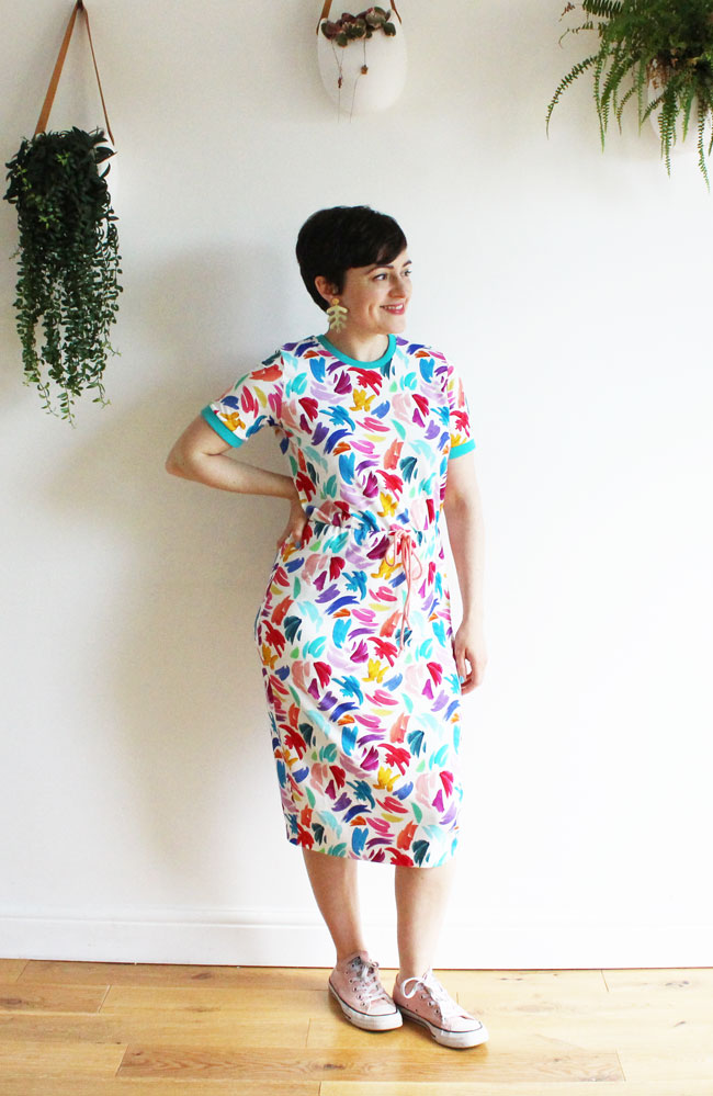 Tabitha T-shirt dress in multicoloured jersey - Tilly and the Buttons