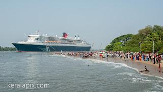 Ocean Liner Queen Mary 2 sailing from Kochi port, Fort Kochi