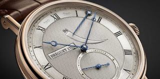 ee759d00c41 As conquistas técnicas e o estilo elegante tornaram Breguet o pai do relógio  de pulso moderno.