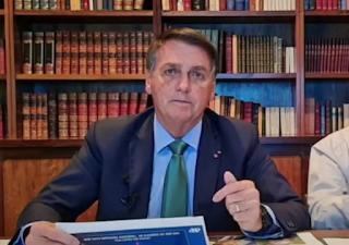 'Por que Barroso não quer lisura nas eleições?', pergunta Bolsonaro
