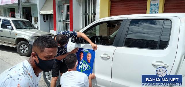 ITAGIMIRIM: Adesivaço marca 1º dia de campanha eleitoral do candidato Luizinho 3