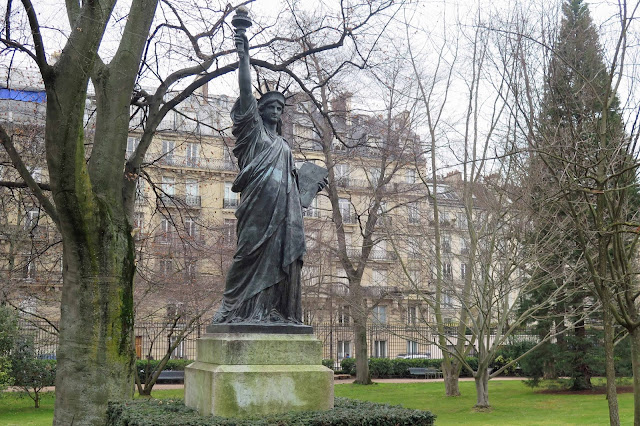 Peter 39 S Paris Luxembourg Gardens Statues