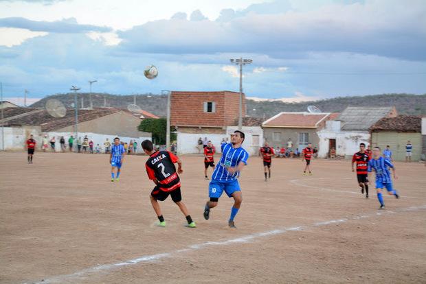 Campeonato de Futebol dos Sítios 2018 começa neste final de semana e reúne 12 equipes